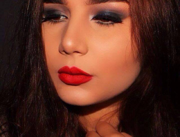 Un rouge à lèvres qui tient une journée
