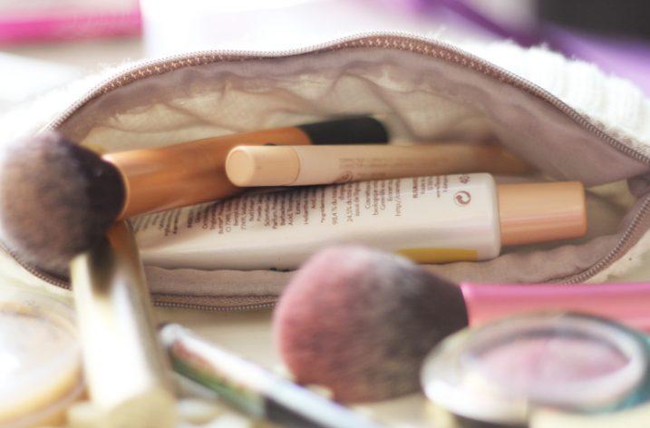 Ce que vous devez avoir dans votre trousse de maquillage