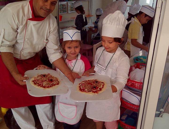 Un atelier de cuisine pour les petits