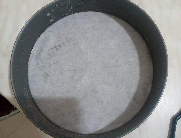 Comment obtenir une feuille de papier cuisson pour un moule rond