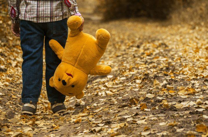 A 4 ans il a fait son sac et veut partir de la maison