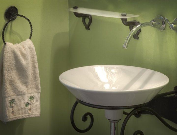 Neutraliser les mauvaises odeurs dans les canalisations