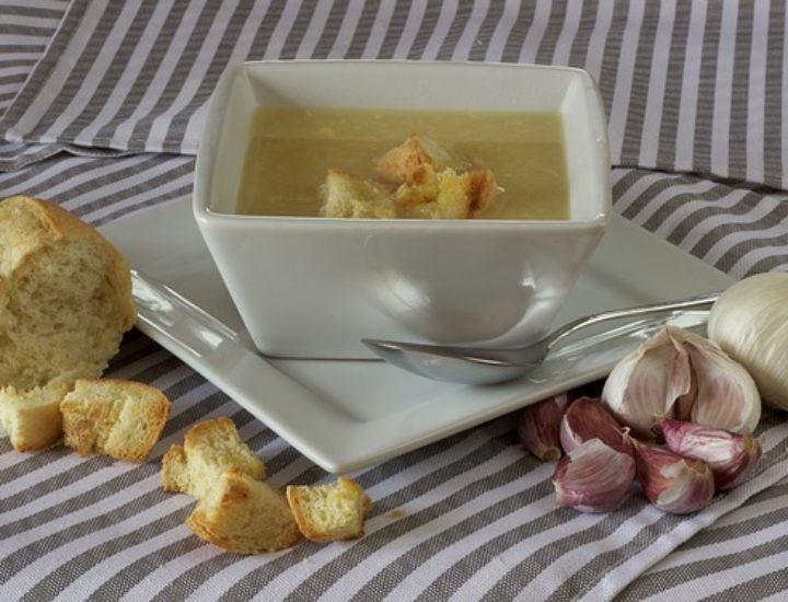 La soupe à l'ail