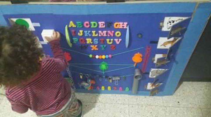 DIY: Un tableau d éveil Montessori