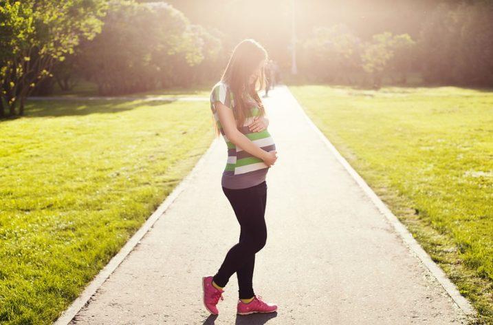 Où acheter des vêtements de grossesse